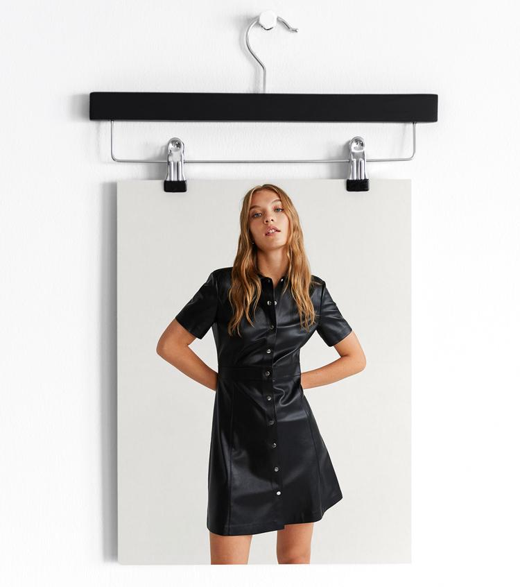 платье из кожзама черное
