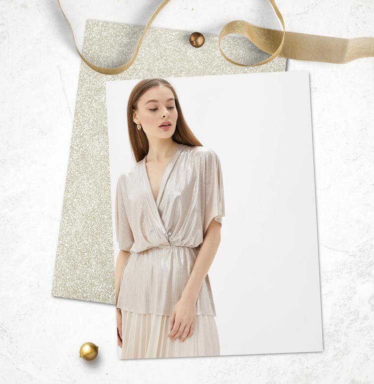 Блестящая блузка