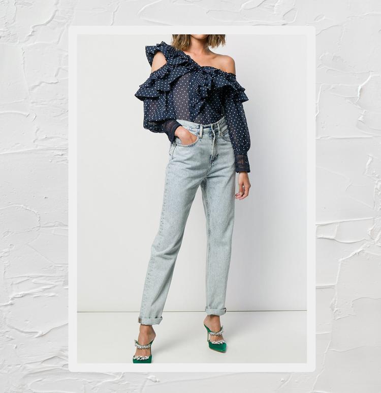 Модная блузка с оборками
