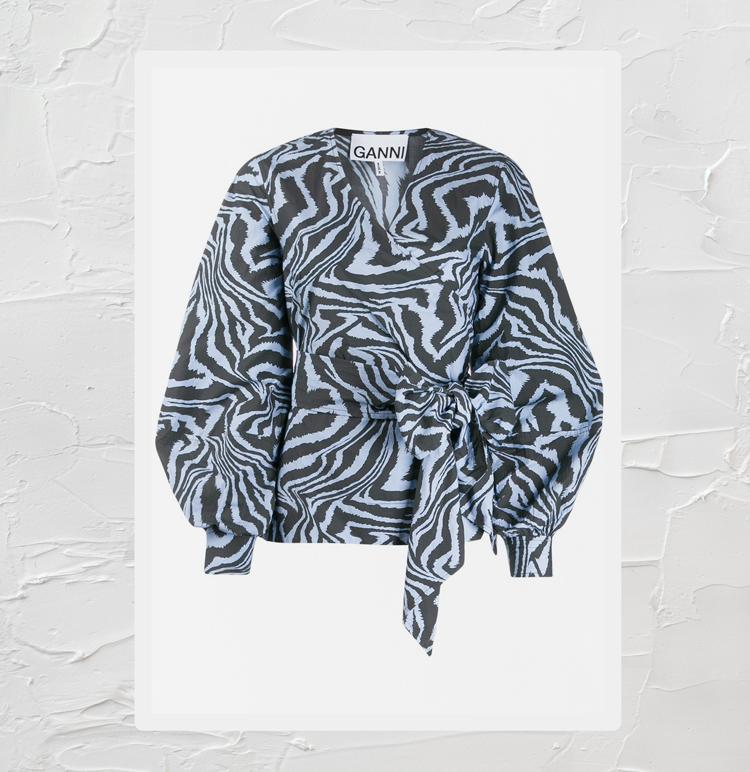 блузка с запахом и принтом