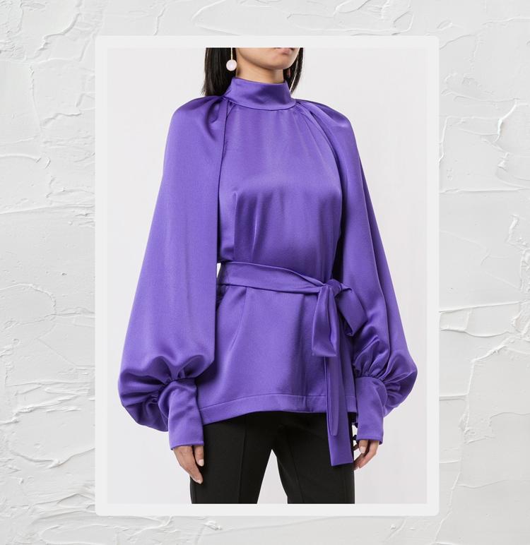 блузка свободного кроя с высоким воротником