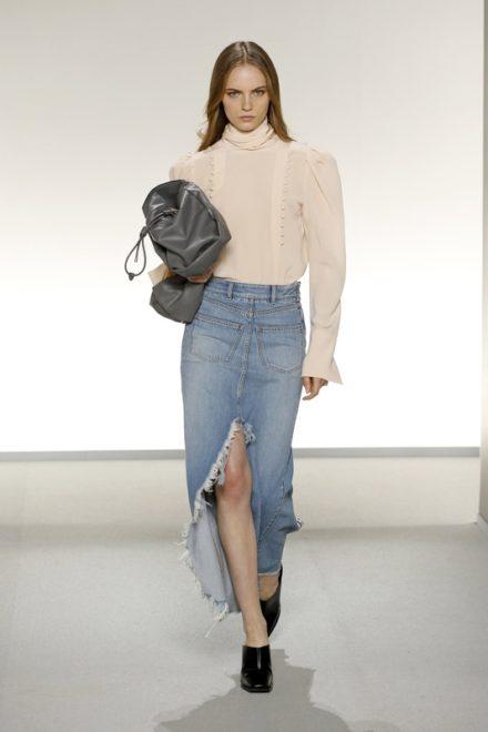 Показ Givenchy весна-лето 2020
