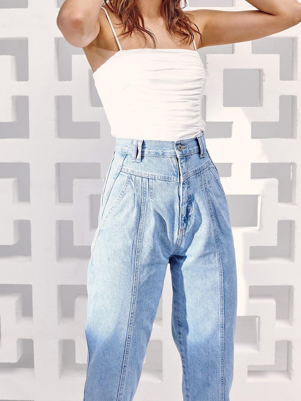 Джинсы свободного кроя в винтажном стиле