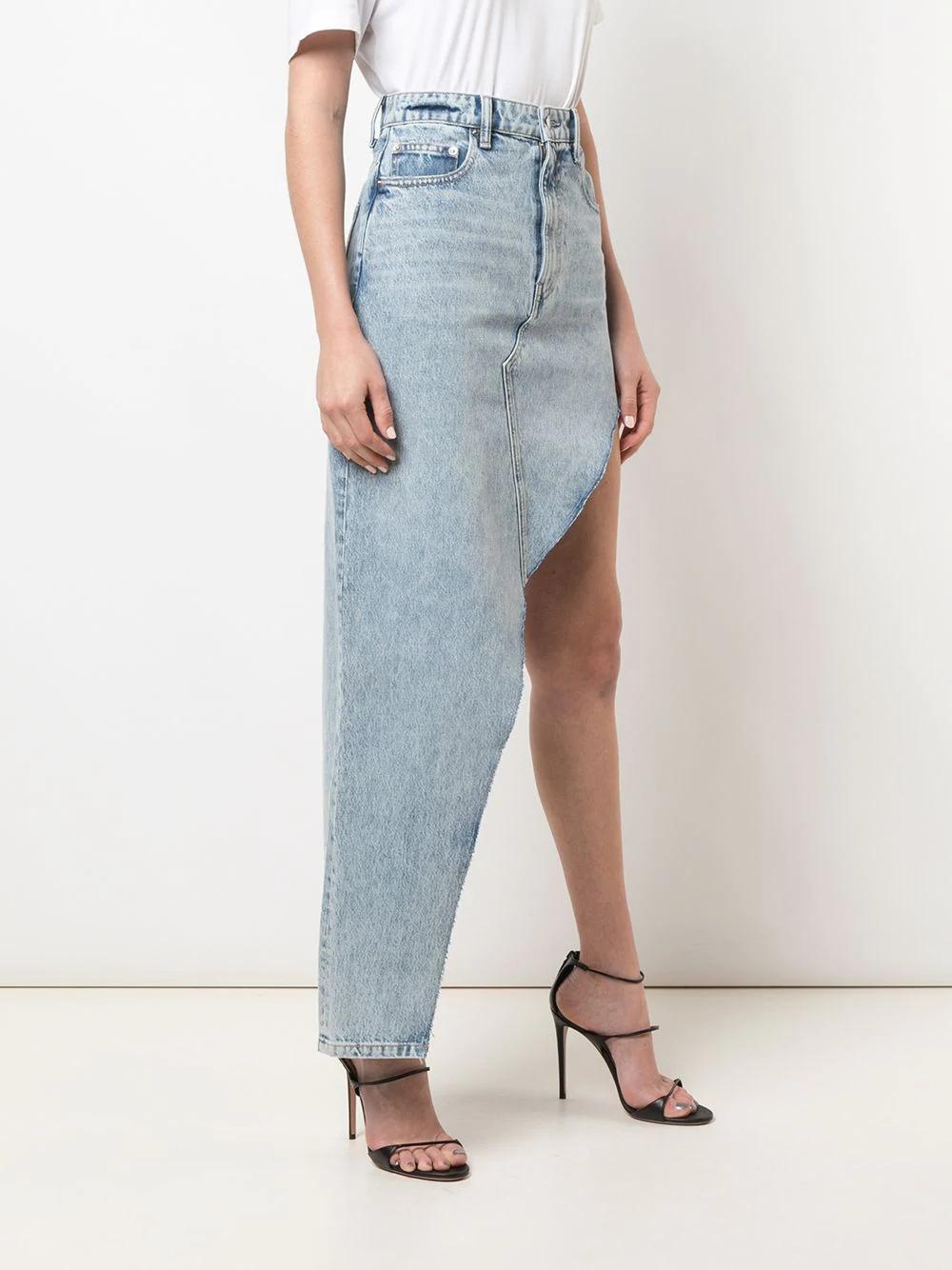 джинсовая юбка асимметричного кроя с завышенной талией