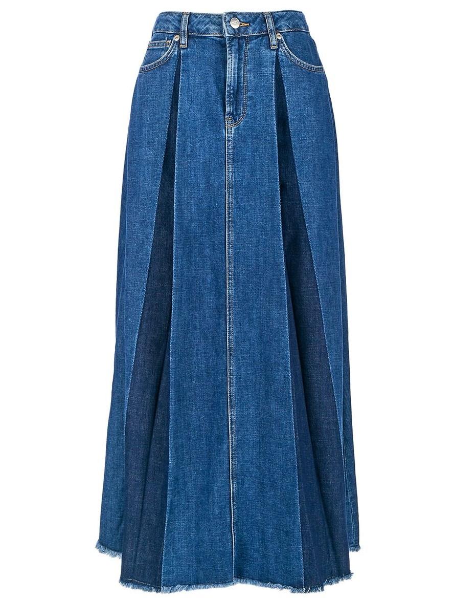Расклешенная джинсовая юбка с необработанным краем