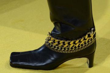 Самые модные модели и тренды обуви осень-зима с показов Модных Домов на Fashion Week FW 2020-2021.